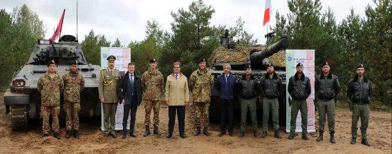 Lettonia, il Rappresentante Permanente presso la NATO, l'Ambasciatore Francesco M. Talò e l'Ambasciatore italiano in Lettonia, Stefano Taliani de Marchio, in visita al Contingente italiano